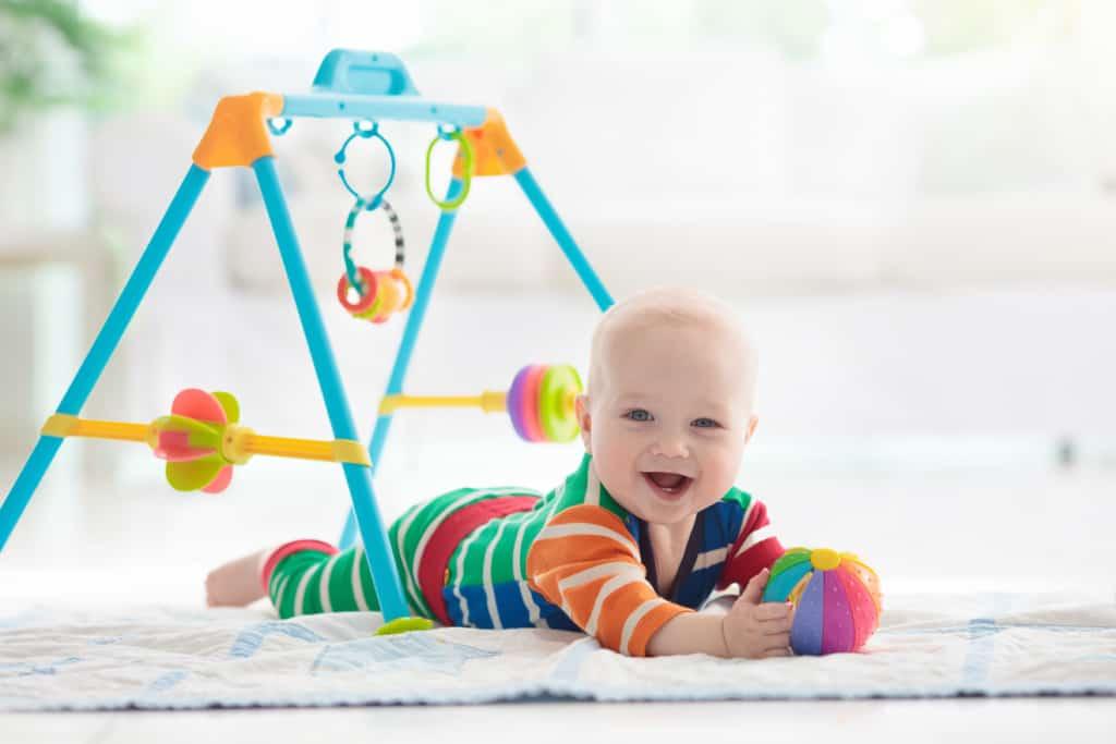 Spielbogen für Babys