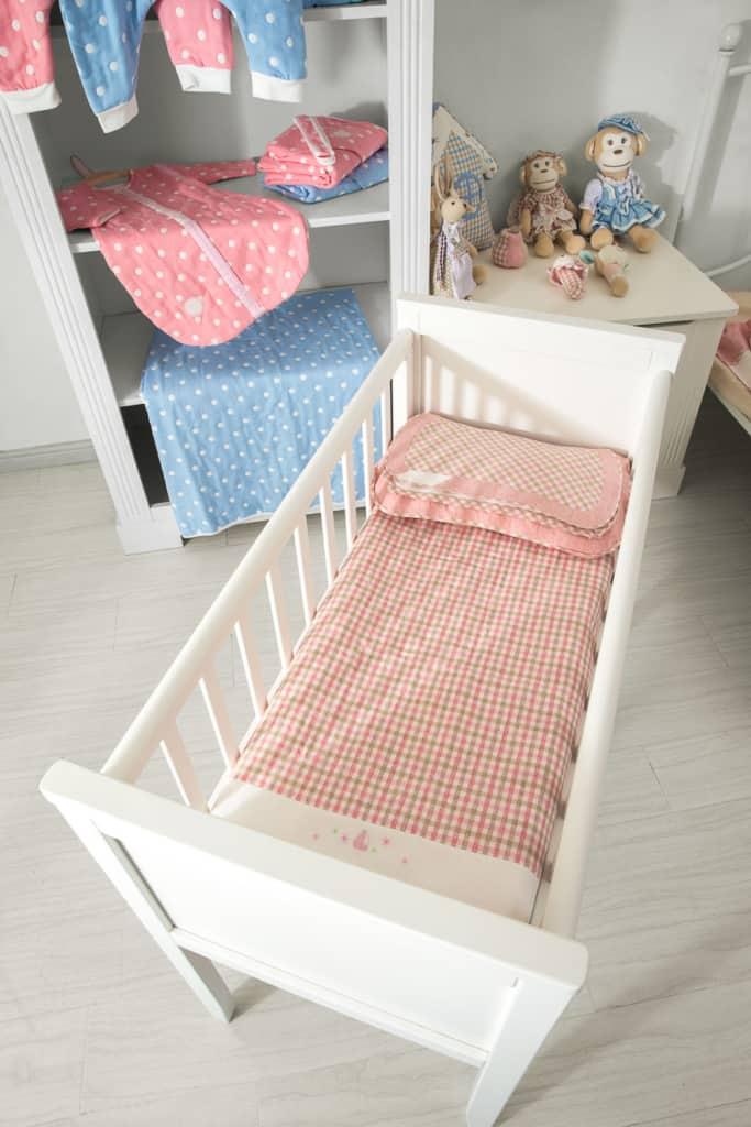 Matratze für das Babybett