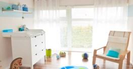 Babyzimmer mit Wickelkommode