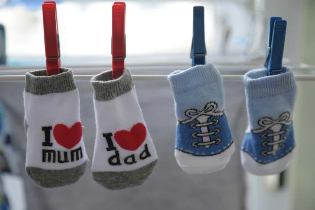 lustige Socken für Babys
